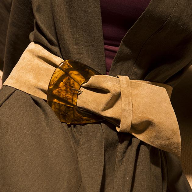 Conheça a marca de cintos da Fe Yamin   Lilian Pacce